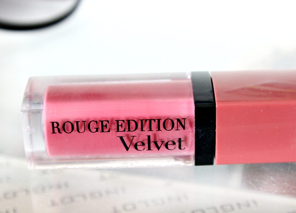 Bourjois Rouge Edition Velvet in Nude-ist (07) review and swatch
