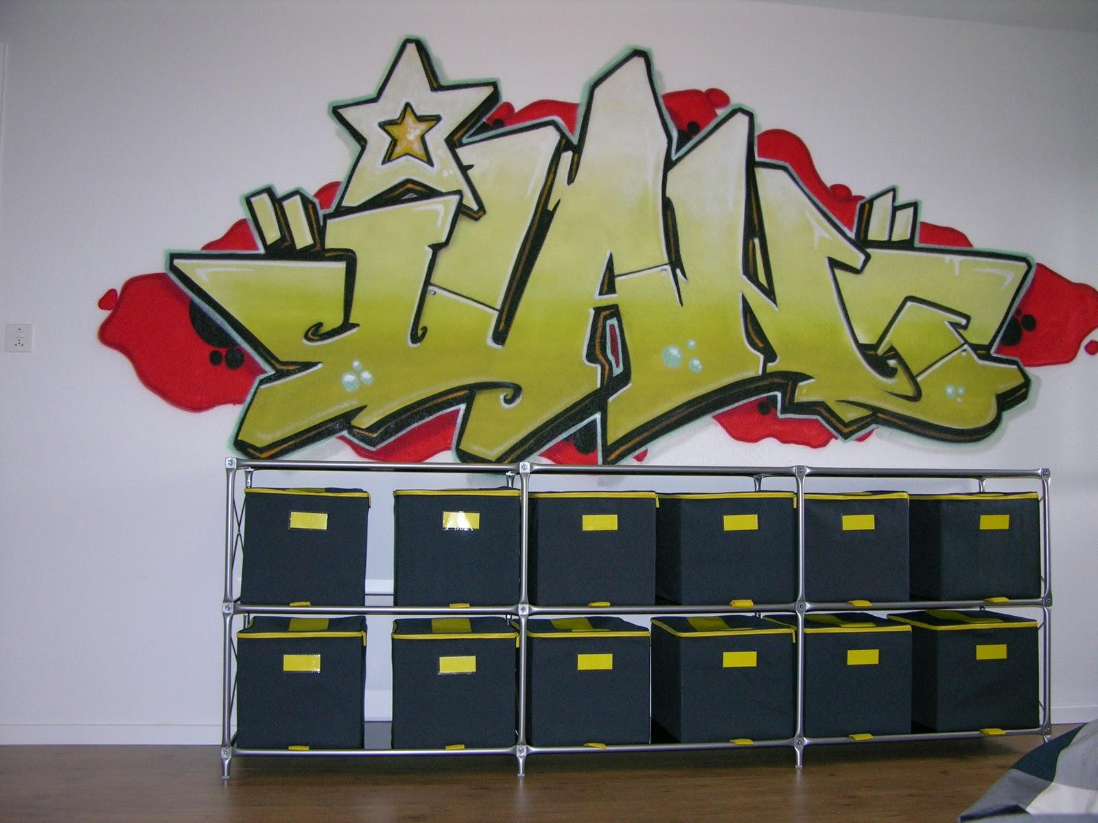 graffiti sprayer in kinderzimmer. Black Bedroom Furniture Sets. Home Design Ideas
