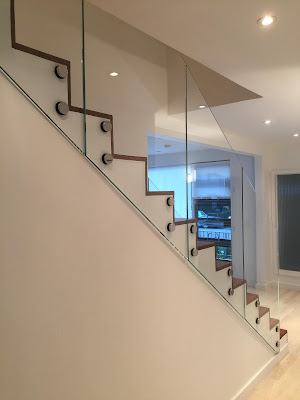 Reasons to Choose Glass For Your Railing
