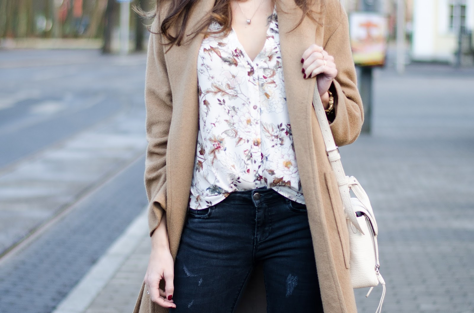 beige floral shirt minimalist outfit