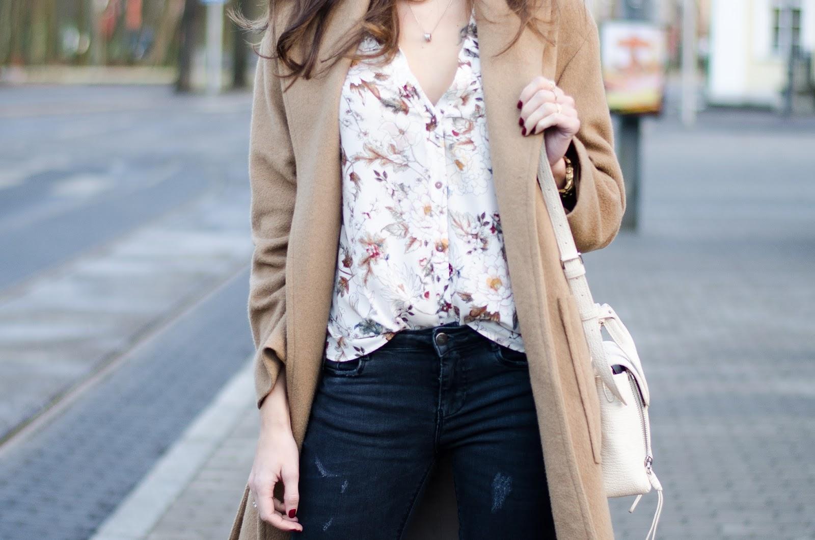 beige floral shirt minimalist outfit