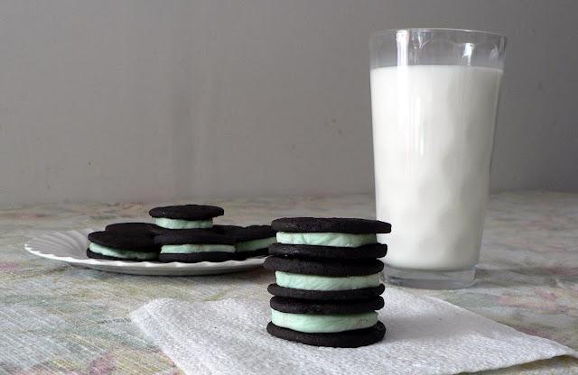 Homemade Mint Oreo Cookies recipe
