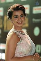 Nikki Gakrani at IIFA Utsavam Awards 008.jpg