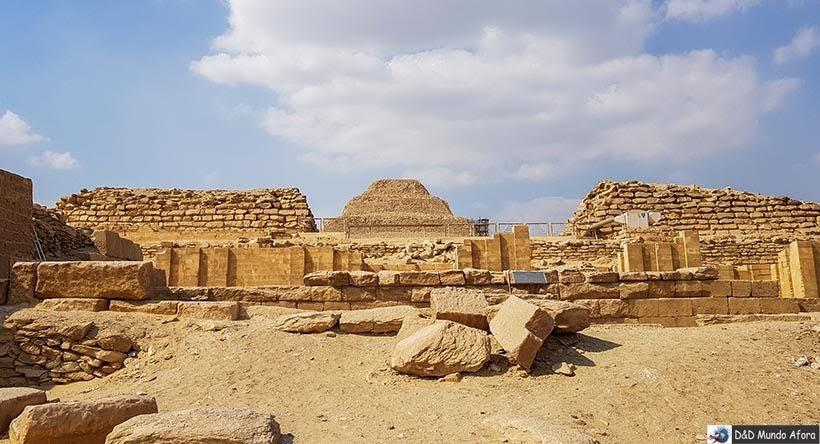Complexo de Saqqara, Egito - pirâmide egípcia