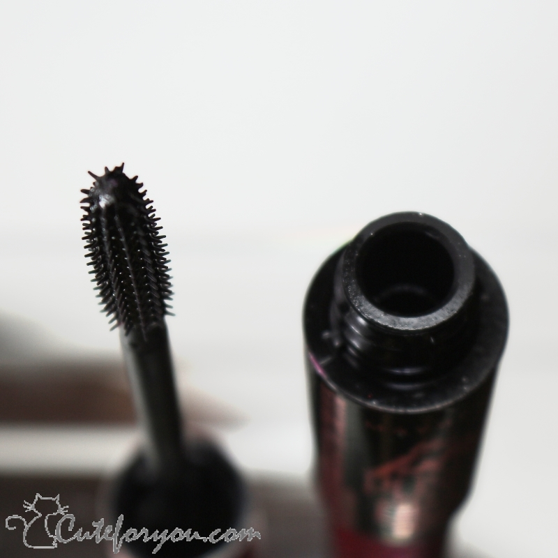 The Falsies Push Up Drama reseña, The Falsies Push Up Drama maybelline review, blogger, beauty blogge