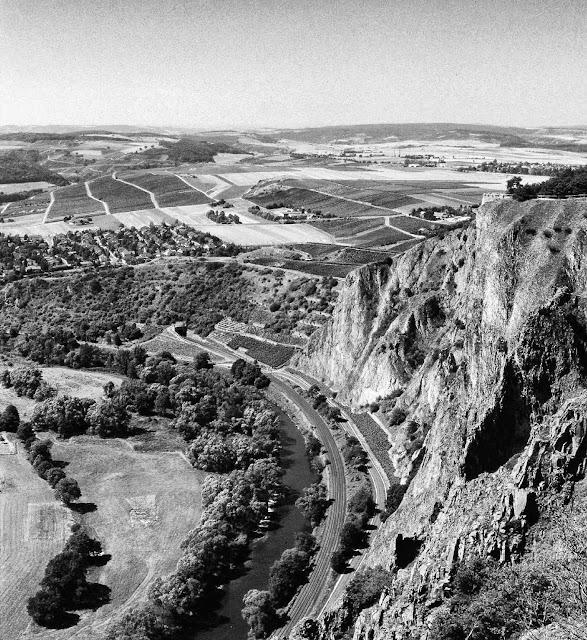 Die Weinbergslagen Traiser Rotenfels und Bastei an der Nahe