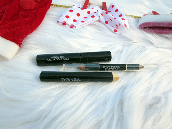 QUO Cosmetics for the Holidays ~ #QUOHOLIDAY #Review #Giveaway #2017GiftGuide Quo Brow Essential Kit