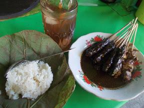 Makananan Khas Indonesia Sate kudus