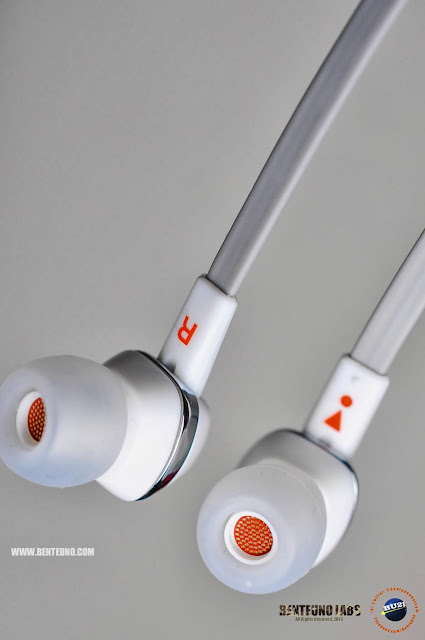 JBL J22 Earphones