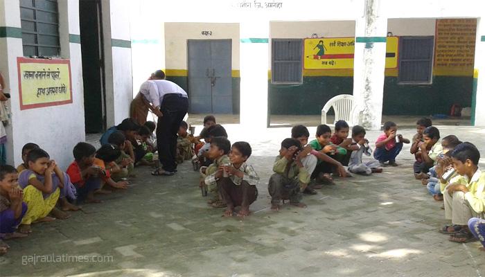 जिले में परिषदीय स्कूलों की शिक्षा का बुरा हाल