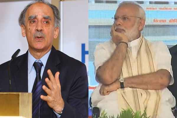 arun-shourie-open-fire-against-modi-sarkar-notbandi-gst-news-hindi