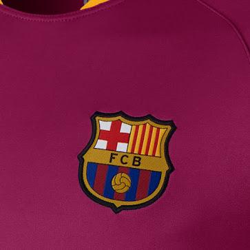 Camisetas Nike de entrenamiento y pre partido del Barcelona para 2016 d00bff7c9a6