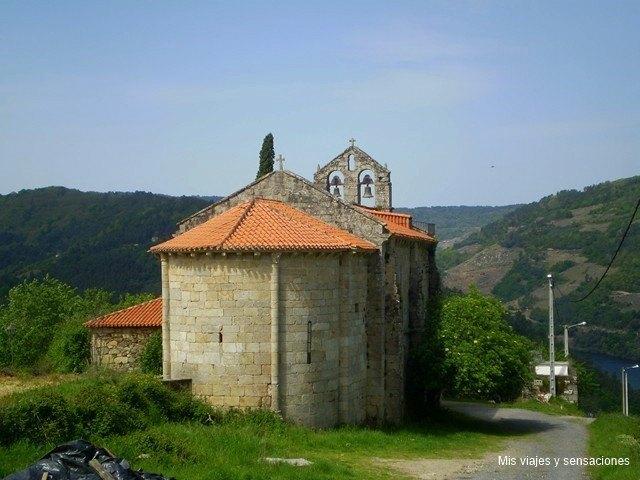 Iglesia de San Martiño de A Cova, Ribeira Sacra, Galicia