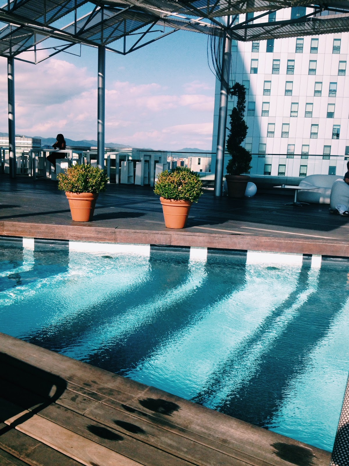 Barcelona rooftop pools