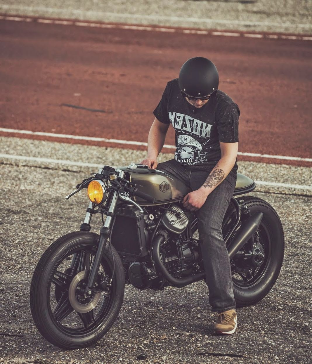 gaya-cafe-racer-macho