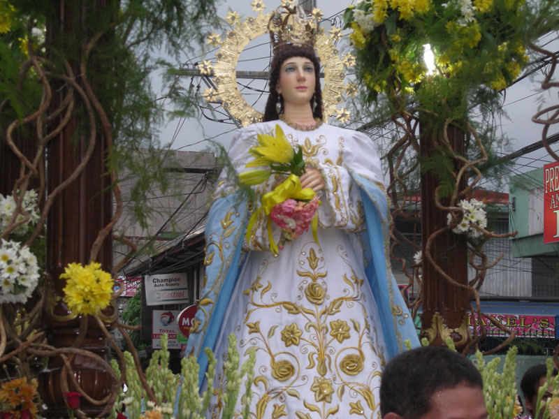 DECK THE HOLIDAY'S: FLORES DE MAYO FROM THE PHILIPPINES