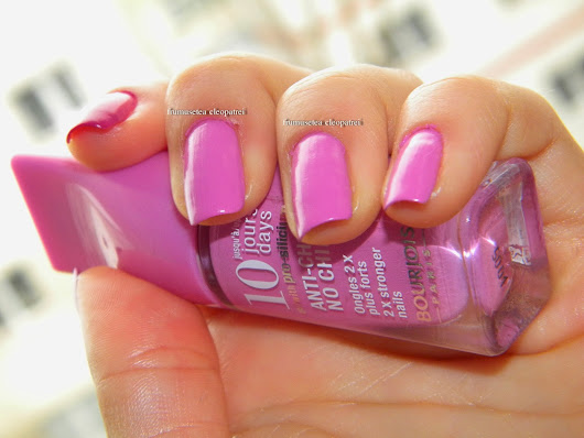 Review & swatch --> Bourjois 10 Day Anti Choc No Chips Nail Polish