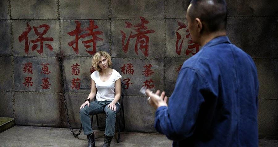 Primul trailer spectaculos pentru filmul Lucy cu Scarlett Johansson