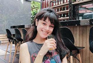 Jasmine Noor Senyum