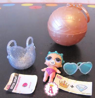 Космическая беби (Космічна бебі или Lil Cosmic Queen, номер 3-037)