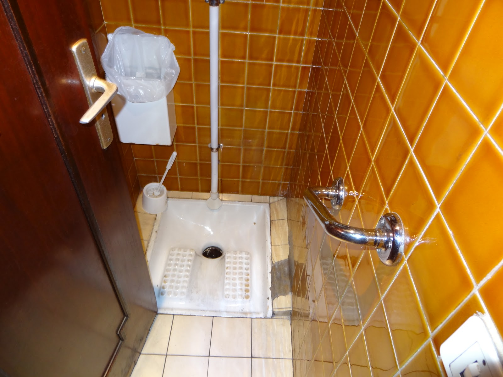 Dave S Activemsers Blog Les Toilettes The French Folly