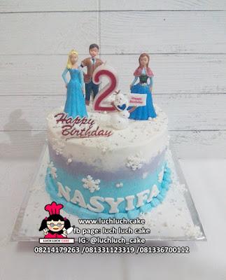 Birthday Cake Frozen Queen Elsa