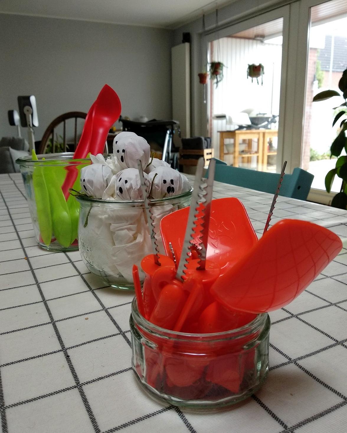 Gespenster Lollies basteln | Süße DIY Halloween Mitgebsel | Gruselparty für Kinder | judetta.de