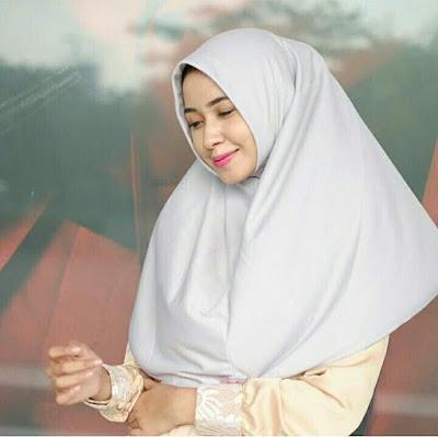 jilbab langsung pakai untuk pesta