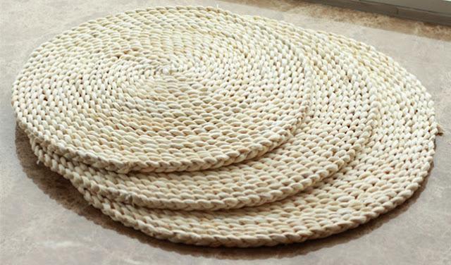 Kerajinan keset dari kulit jagung
