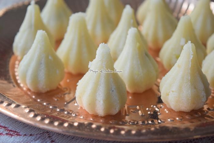 Coconut Rava Modak Recipe - नारियल और रवा लड्डू (मोदक) रेसिपी - Priya R - Magic of Indian Rasoi