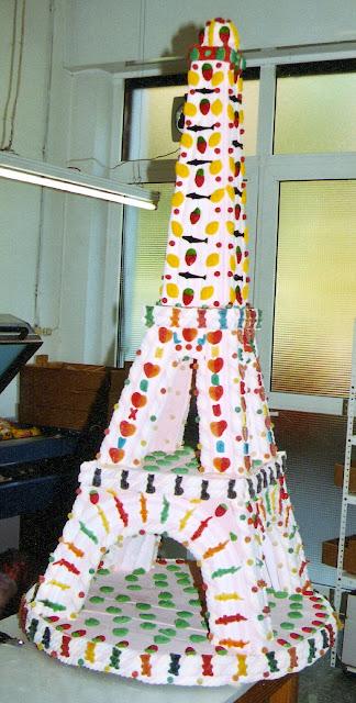 Torre Eiffel Pastel de chuches