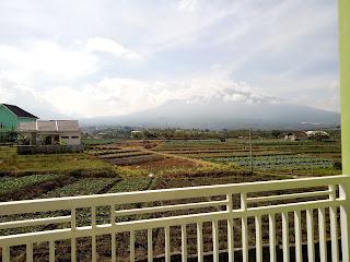 View yang memukau dari villa alun-alun batu
