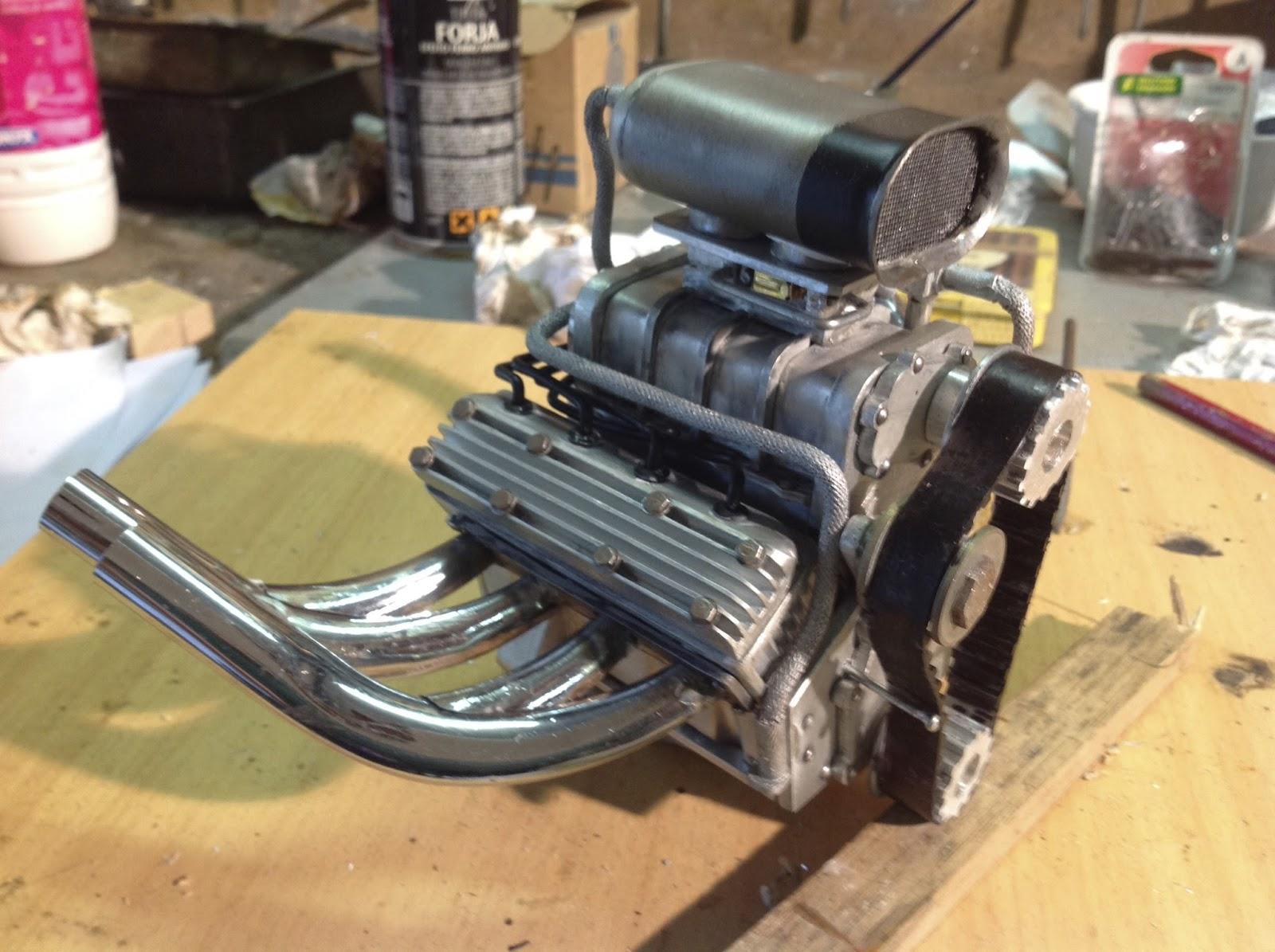 l 39 atelier de christian fabrication du moteur v8 avec compresseur du rat rod. Black Bedroom Furniture Sets. Home Design Ideas