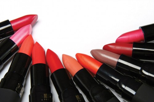 Buy makeup products from reputed companies - Makeup and Beauty Tips