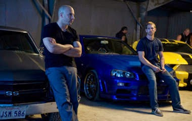review film FAST & FURIOUS (2009)