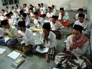 Islam di Indonesia dan Pondok Pesantren