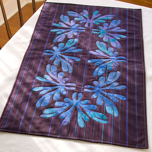Arabesque Table Runner Free Quilt Pattern