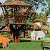 Càmping amb parcs infantils