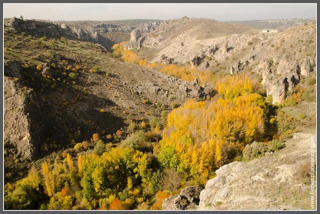 Vista desde el mirador Parque Natural Barranco del Rio Dulce Guadalajara
