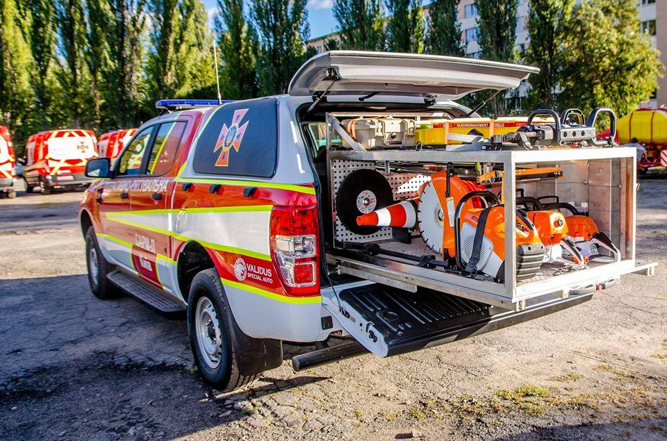 ДСНС отримала 31 аварійно-рятувальну машину Ford Ranger