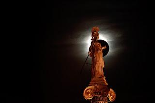 Αποτέλεσμα εικόνας για Η γέννηση της πολιτικής σκέψης σε συνάρτηση με τη γέννηση της φιλοσοφίας στην αρχαία Ελλάδα
