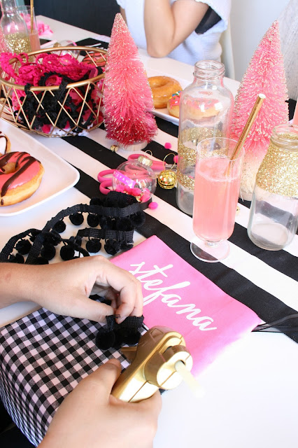 How fun is this Girly Stocking Making Brunch?!