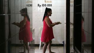 7 Tempat Lokalisasi Prostitusi Terbesar di Indonesia - 2