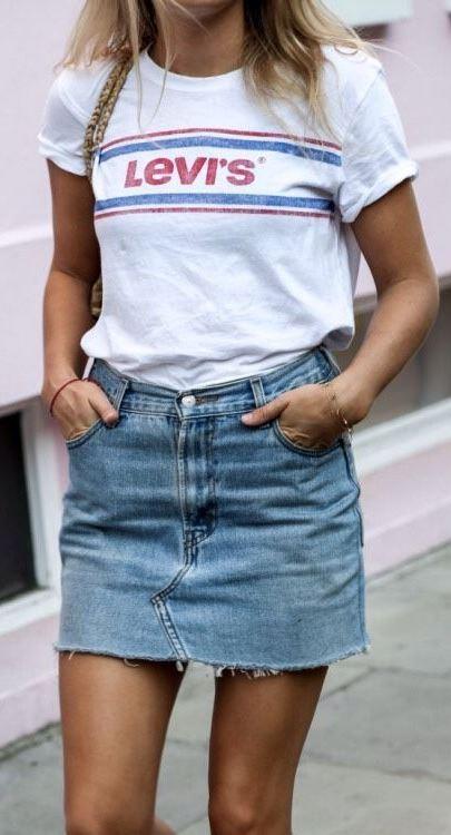 ootd | printed tee and denim skirt