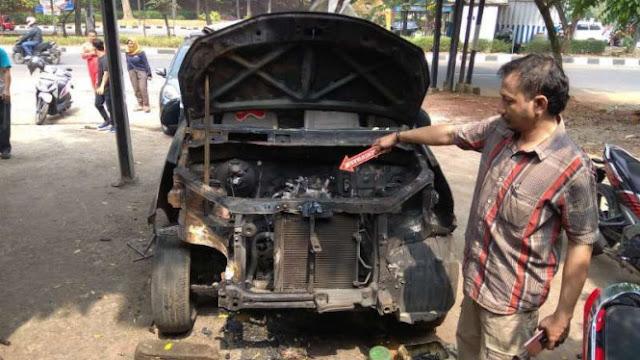 Toyota Jawab Kejanggalan Terbakarnya Mobil Neno Warisman
