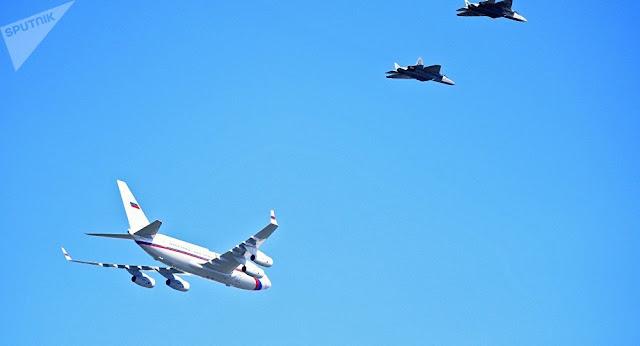russia-putin-plane-su57-escort