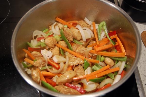 chop suey pollo y verduras