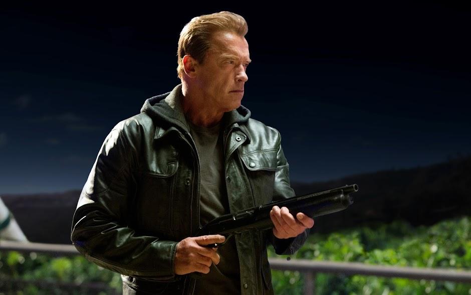 """Arnold Schwarzenegger confirma seu retorno no próximo """"Exterminador do Futuro"""""""