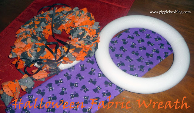 Halloween, Halloween decorations, DIY Halloween decorations, fabric wreath, Halloween fabric wreath,