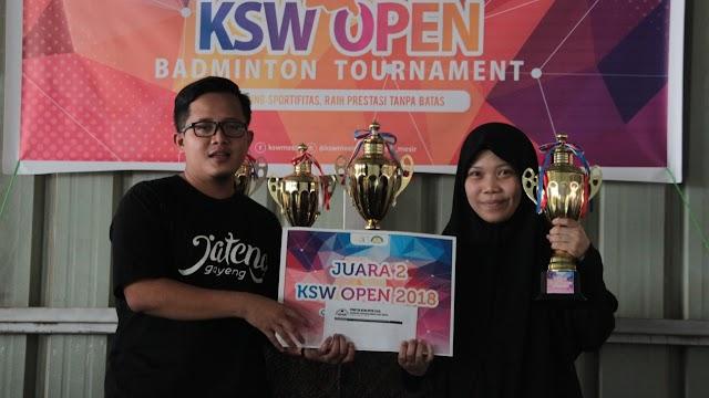 Awali Rangkaian HUT, KSW Gelar Turnamen Badminton